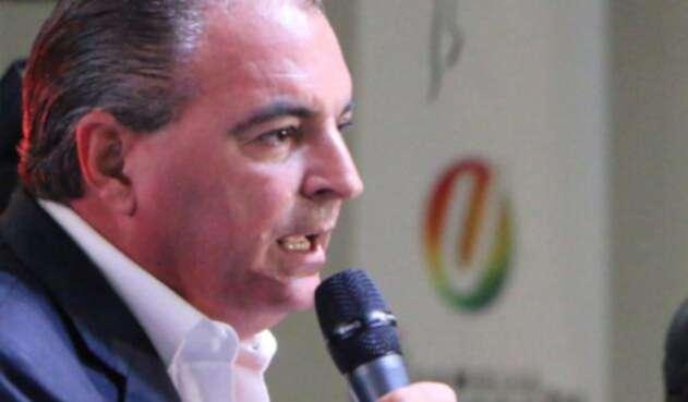 Aurelio-Iragorri-LA-FM-Partido-de-la-U.jpg