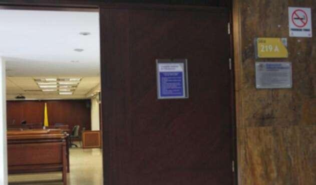 Ausencia-de-Leonardo-Luis-Pinilla-a-audiencia-de-imputación-de-cargos-LA-FM-Colprensa.jpg