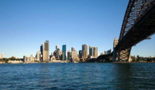 Australia-LA-FM-Ingimage.jpg