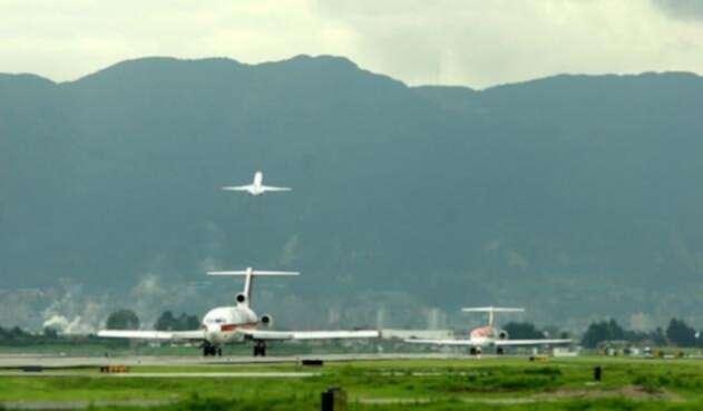 Aviones-Colprensa.jpg