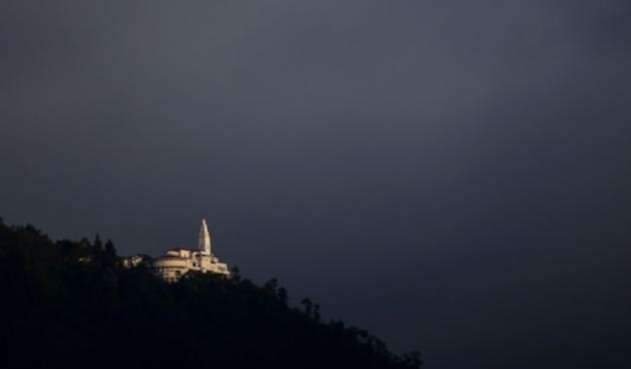 Basílica-Santuario-del-Señor-Caído-de-Monserrate-Colprensa-Mauricio-Alvarado.jpg