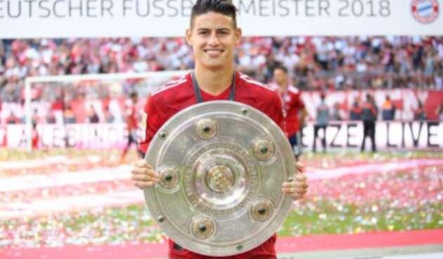BayernJamesFotoOficialBUNDESLIGA1.jpg