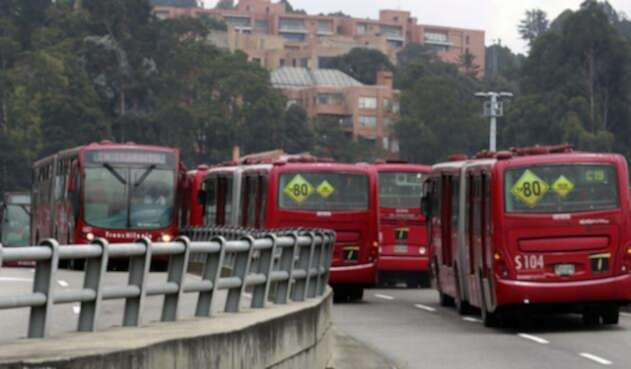 Buses-Transmilenio-Colprensa.jpg