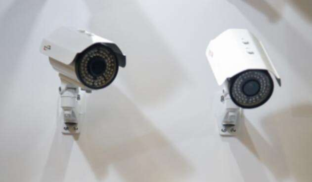 Cámaras-de-seguridad-Colprensa-Mauricio-Alvarado1.jpg