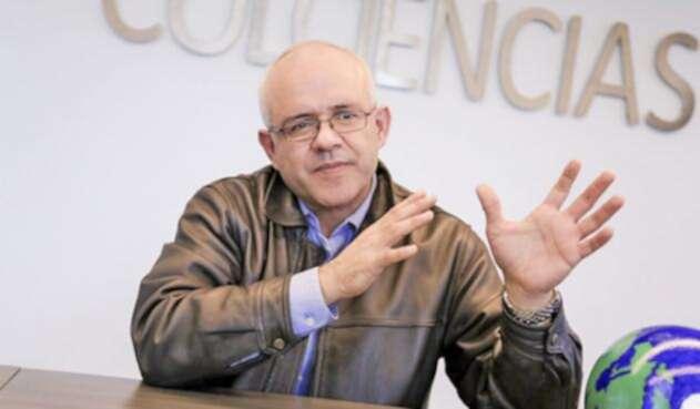 César-Augusto-Ocampo-Colciencias-LA-FM.jpg