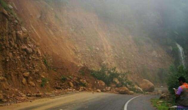 Caída-de-rocas-Bogotá-Melgar.jpg
