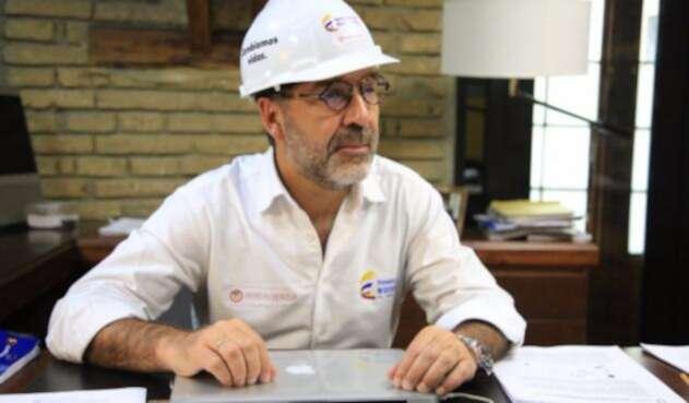 CamiloSánchezMinViviendaFOTOOFICIAL.jpg