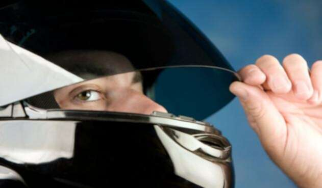 Casco-moto-Ingimage.jpg