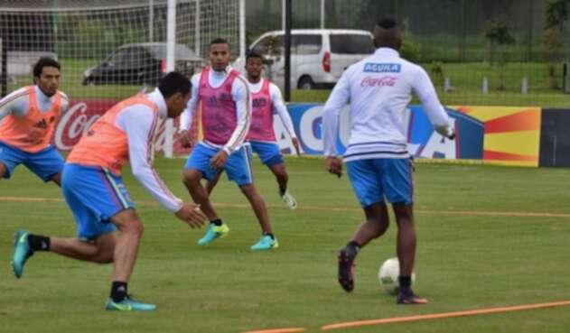 Colombia-@FCFSeleccionCol-LAFM.jpg
