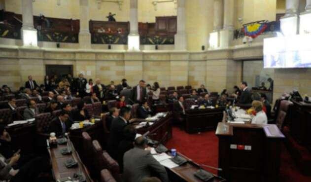 Debate-congreso-Colprensa-Diego-Pineda.jpg