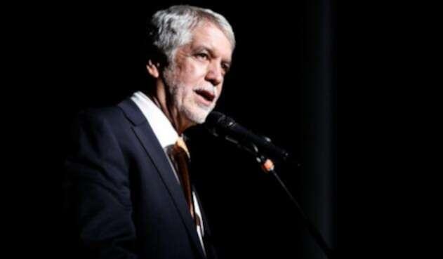 Enrique-Peñalosa-Colprensa-Juan-Paez.jpg