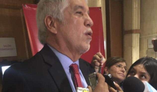 Enrique-Peñalosa-lafm.jpg