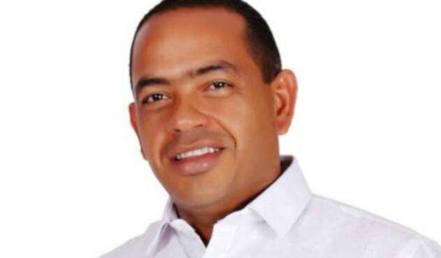 Fabio-Velásquez-Rivadeneira-AL-FM-Colprensa.jpg