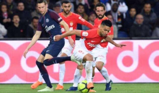 Falcao-con-el-Monaco-AFP.jpg