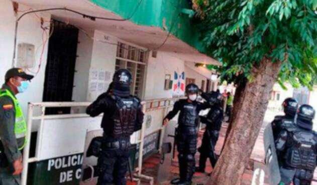 Fcahada-Estación-Permanente-Central-de-Policía-de-Valledupar..jpg