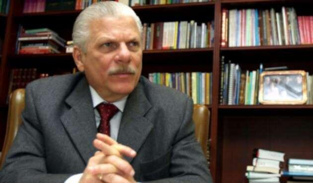 GuillermoMendozaDiagoCOLPRENSA1.jpg