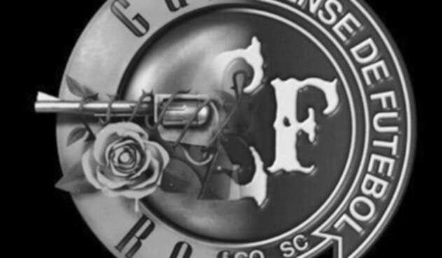Guns-and-Roses.jpg