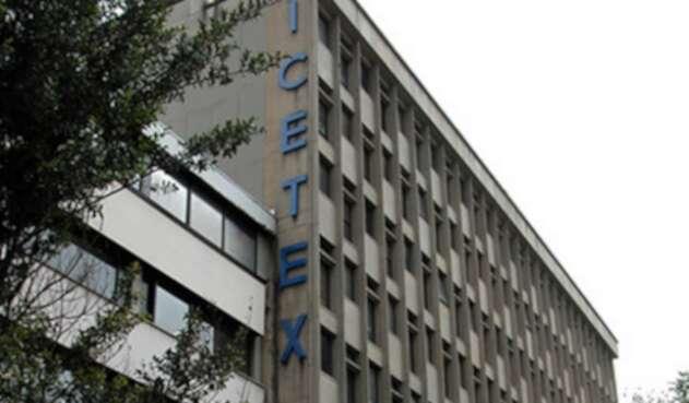 Icetex anuncia reducción en intereses