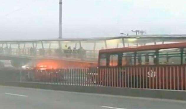 Incendio-estación-Terreros-Redes-sociales.jpg