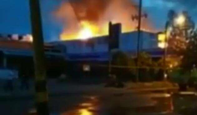 IncendioSupermercadosNeivaNoticiasRCN.jpg