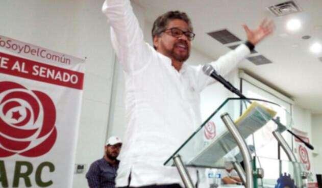 Iván-Márquez-LA-FM1.jpg