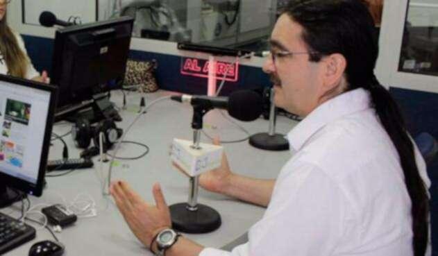 Jairo-Cala-candidato-de-la-Farc-en-RCN-Radio.jpg