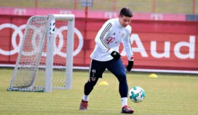 James-Rodriguez-en-entrenamientos-Bayern-Munich.jpg