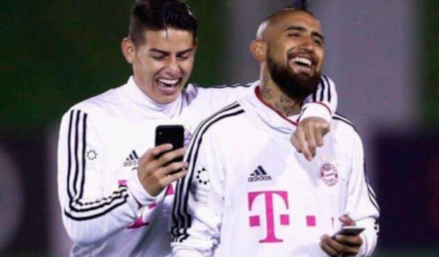 James-y-Vidal-en-el-Bayern-Munich-Instagram.jpg