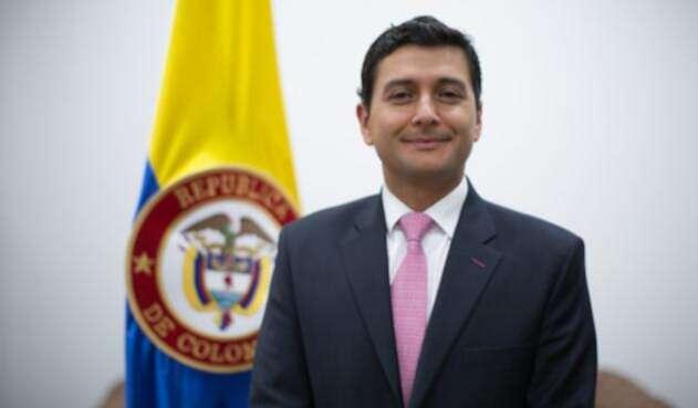 JorgeCastañoSuperFinancieroCOLPRENSALAFM1.jpg