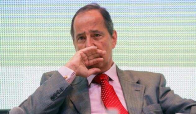 Juan-Camilo-Restrepo-ELN-Colprensa-Diego-Pineda.jpg