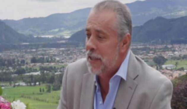 Juan-Carlos-Pava-Camelo-LA-FM-Youtube.jpg