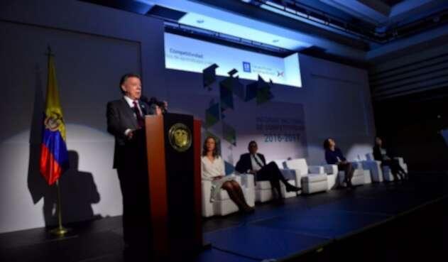Juan-Manuel-Santos-LAFm-Presidencia.jpg
