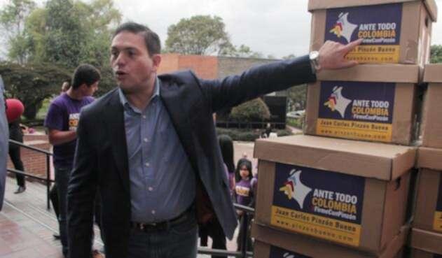 JuanCarlosPinzonEleccionesCOLPRENSA.jpg