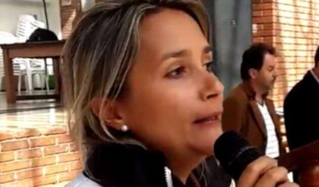 Julieta-Naranjo-Luján-LA-FM-@alcaldiausaquen.jpg