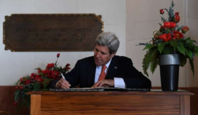 Kerry-LAFm-AFP.jpg