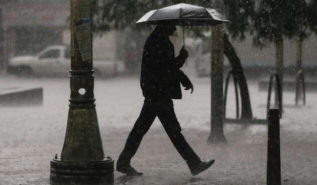 Fuertes lluvias dejaron varias afectaciones en Bogotá.