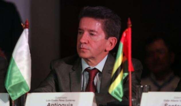 Luis-Pérez-Gobernador-Antioquia-Colprensa-Luisa-González.jpg