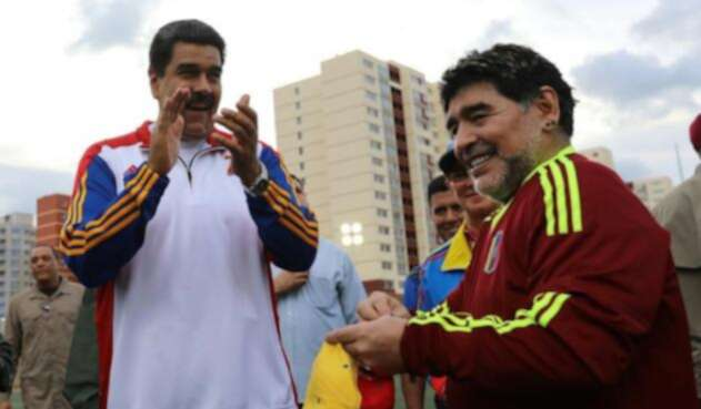 Maduro-Maradona-LA-FM-@hugbelpsuv.jpg