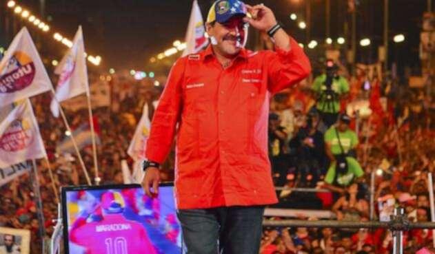 MaradonaChavistaAFP1.jpg