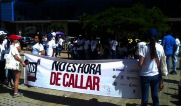 Marcha-contra-violencia-de-la-mujer-Buenaventura-RCN-Radio.png