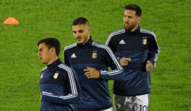 Messi-Dybala-AFP.jpg