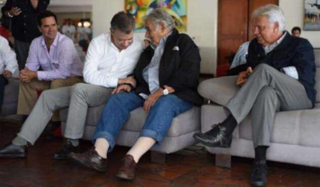 Mujica-Presidencia-LA-FM.jpg