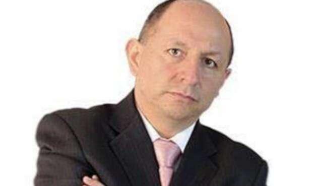 Néstor-Orlando-Arenas-LA-FM-Medimás.jpg