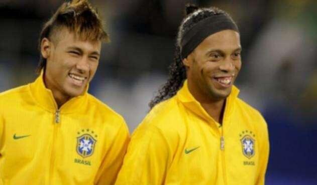 Neymar-Ronaldinho-AFP.jpg