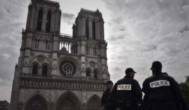 Notre-Dame-LA-FM-AFP.jpg