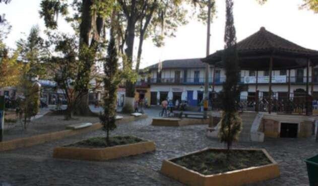 Parque-la-Ceja-LA-FM.jpg