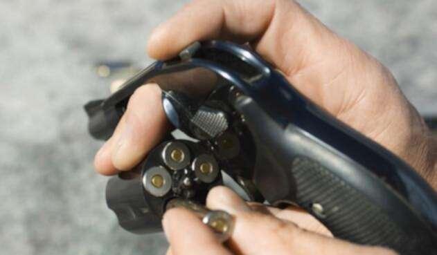 El 91% de armas incautadas en el país se consiguieron en el mercado negro |  La FM