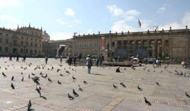 Plaza-de-Bolívar-Colprensa.jpg