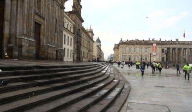 PlazadeBolivarRefCOLPRENSA1.jpg