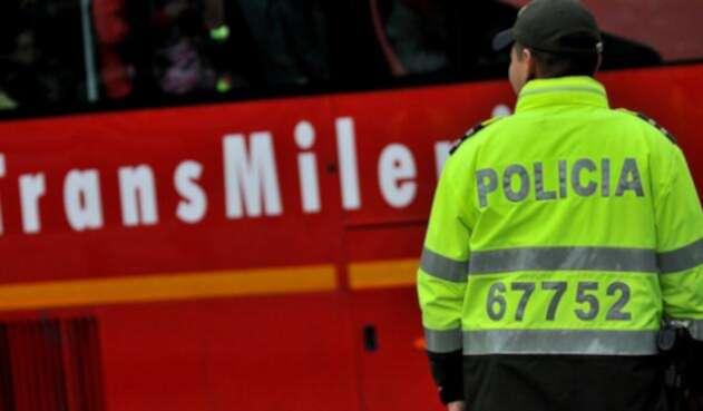 Policía-Transmilenio-Colprensa.jpg